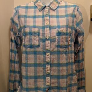 Hollister women's XS Long sleeved plaid shirt